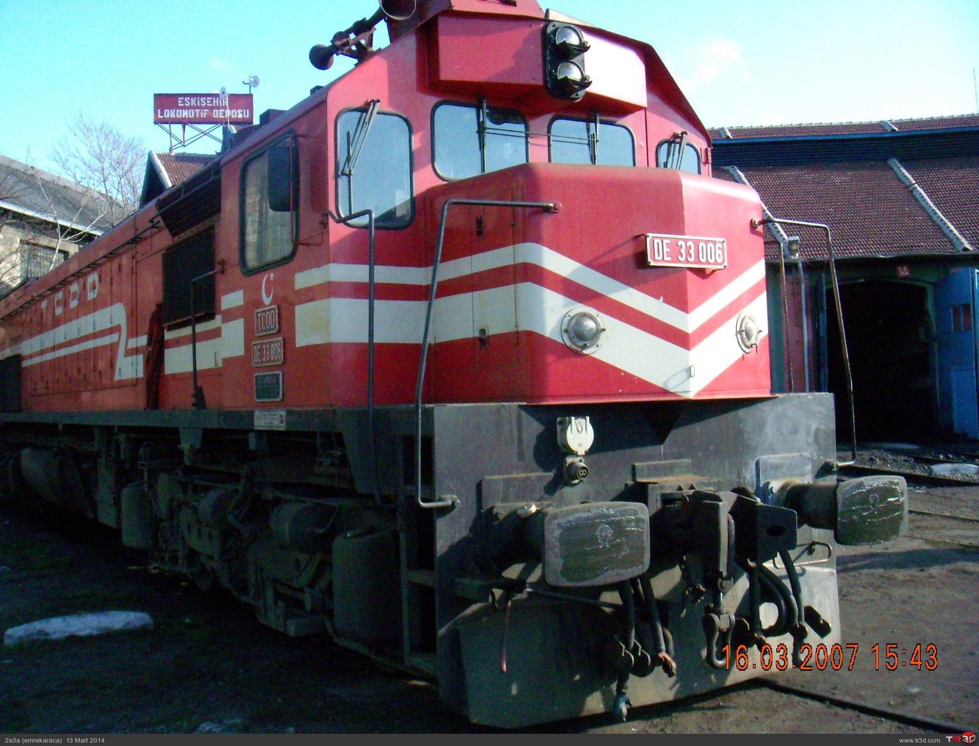 DE 33000 Lokomotif 4