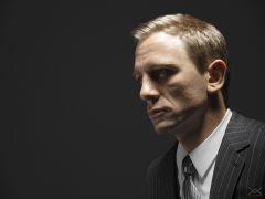 Daniel Craig as James Bond revamped.