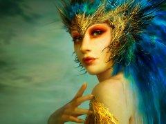 Maskeli kız